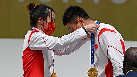 中国军团   中国射击队一日两金,杨倩/杨皓然10米气步枪混团夺冠