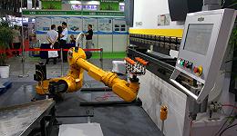 7月中国制造业PMI降至17个月新低,外需压力加大
