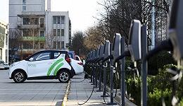 年内首次!磷酸铁锂电池装车量超过了三元电池