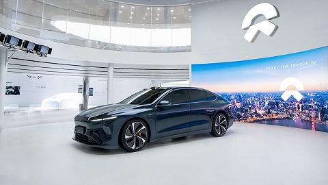 蔚來二季度營收84.5億元,明年交付三款新車,新品牌瞄準特斯拉