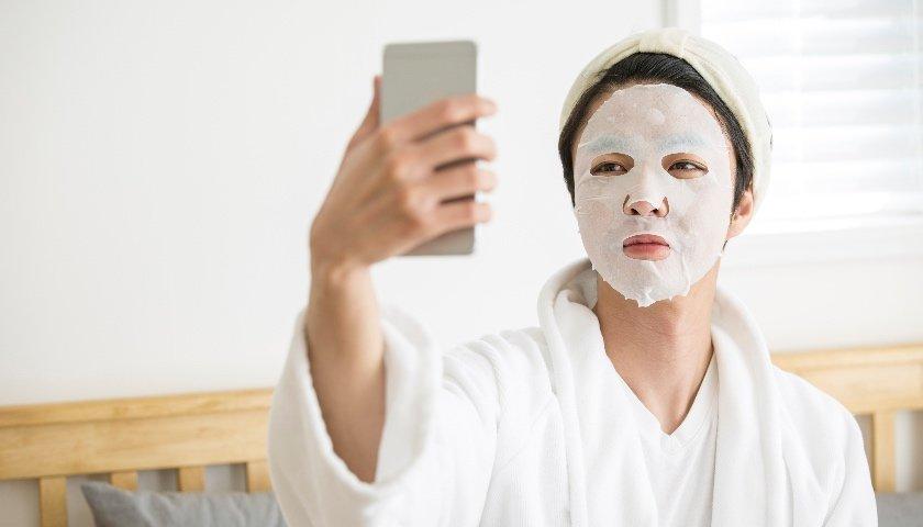 凤凰城平台IPO雷达|行业强监管背景下,网红品牌敷尔佳靠营销驱动能走多远?