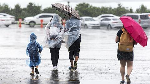 """受台风""""灿都""""影响,江浙沪等地将出现大风和强降雨"""