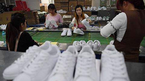 越南工厂因疫情停产两个月,耐克、阿迪等运动品牌股价下跌