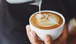 流血闭店,价格畸高,瑞幸漫咖啡们吃不掉下沉市场