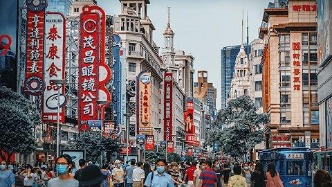 国庆长假上海消费总额为765.88亿元,外来消费次数达1247.6万人次