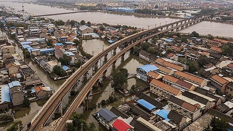 山西为何10月突然下暴雨?中国气象局专家详解