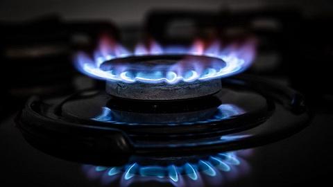 全球能源危机:美国油气价格创新高,英国政府考虑救市方案