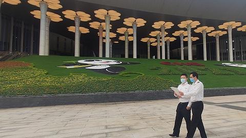 未来十余天进博会展品将密集入境参展,上海海关已设110个专窗和绿色通道