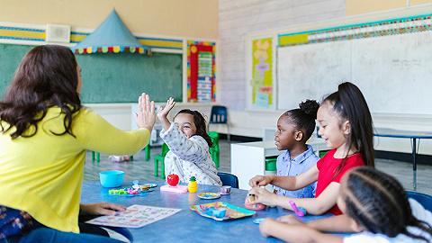 """""""双减""""之后如何促进儿童健康成长?第十二届上海""""为了孩子""""国际论坛开幕"""