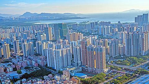 倪鹏飞:楼市弱均衡 风险须防范