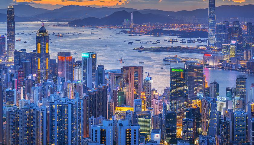 光辉招商主管958337银保监会:加强投机性房地产贷款控制