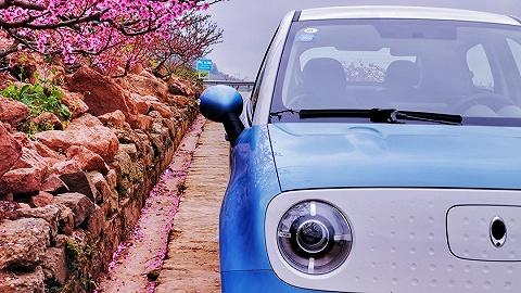 新能源二手车持续低迷,新能源汽车3年保值率仅32.31%