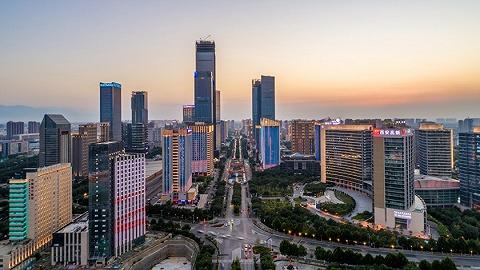 西安:GDP从1.89亿元到突破8000亿元,增长了858倍