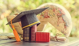 疫情之下,留学已死?