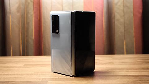 你的下一部手机,可以是折叠屏了