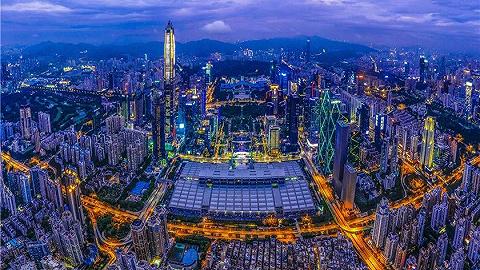 """焕新""""钞能力"""",深圳这个区为何成为财富圈层""""安全岛""""?"""