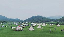 中产人士都在去露营的路上?
