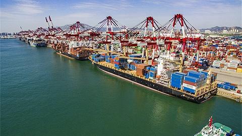 山东三港口上半年吞吐量排名全国前十,2025年山东集装箱吞吐量要达4000万...