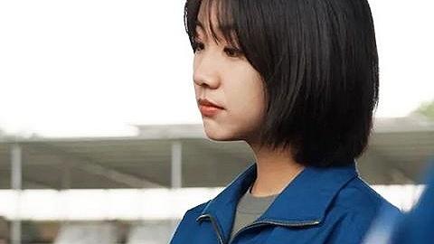 海口一中毕业生韩佳宁成陆军首批女飞行员,高三班主任这样评价她
